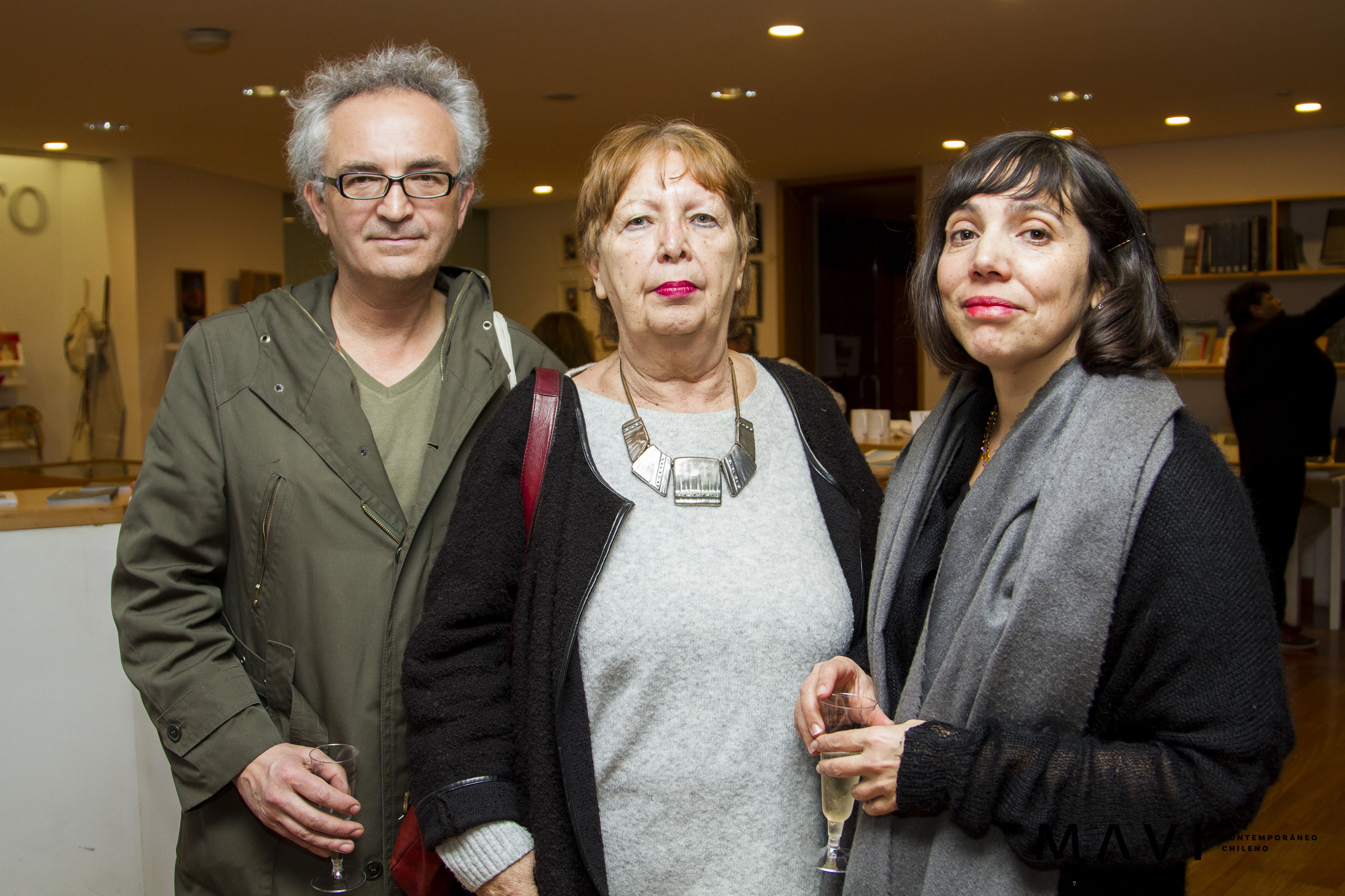 MAVI Luis Alarcón, Nelly Richard y Claudia del Fierro